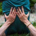 POSTURE POUR LES ÉPAULES :CHANDELLE DE L'ENFANCE
